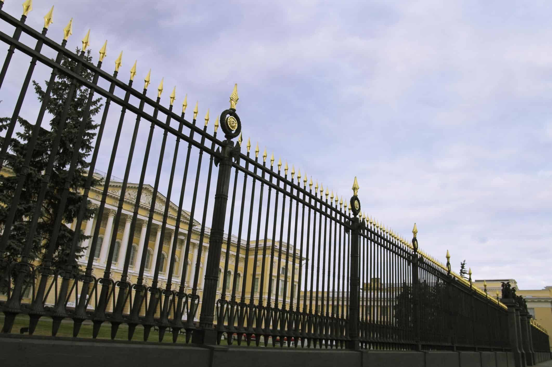 San Bernardino Fences - Aluminum and Iron Fence